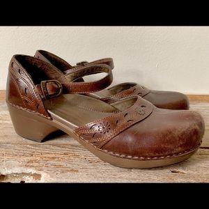 Women's brown Dansko Mary Jane Clogs Size 40